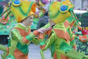Итальянский карнавал в 'жирный вторник': спорт vs алкоголь