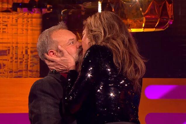 В британском шоу раскрыли секрет идеального поцелуя в кино
