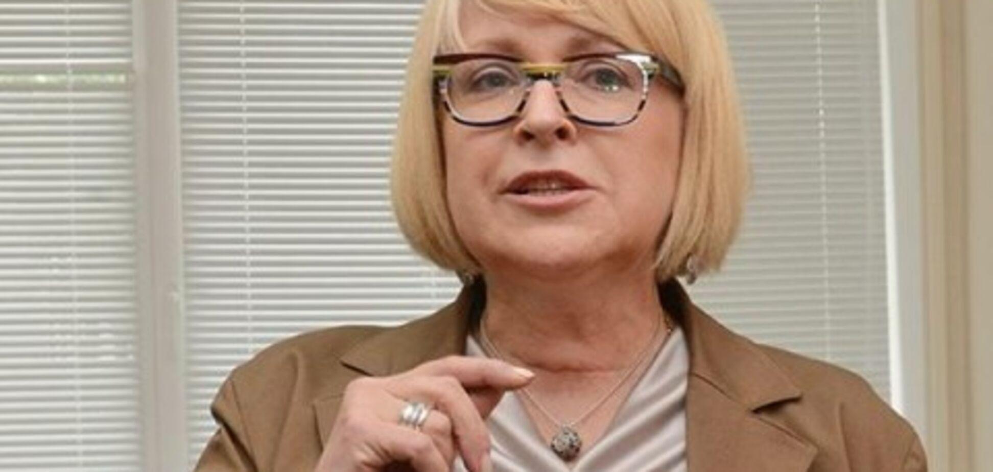 Наручники і похоронні вінки: відсторонена ректор медуніверситету в Києві заявила про погрози