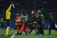 Футболист сборной Украины получил тяжелую травму в матче Лиги чемпионов: появились подробности