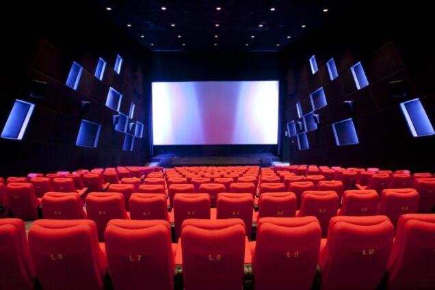 Англоязычный театр и светлое кино: куда пойти в эти выходные