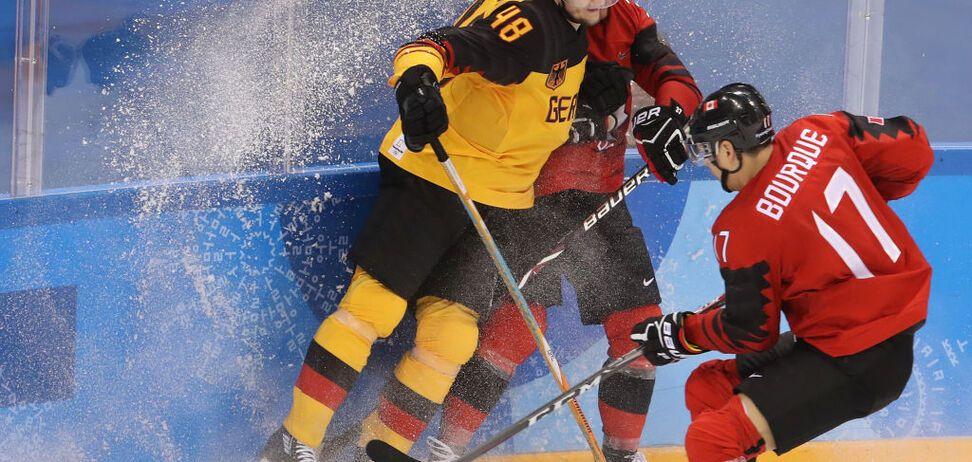 Хоккей на Олимпиаде-2018: россияне узнали соперника по финалу
