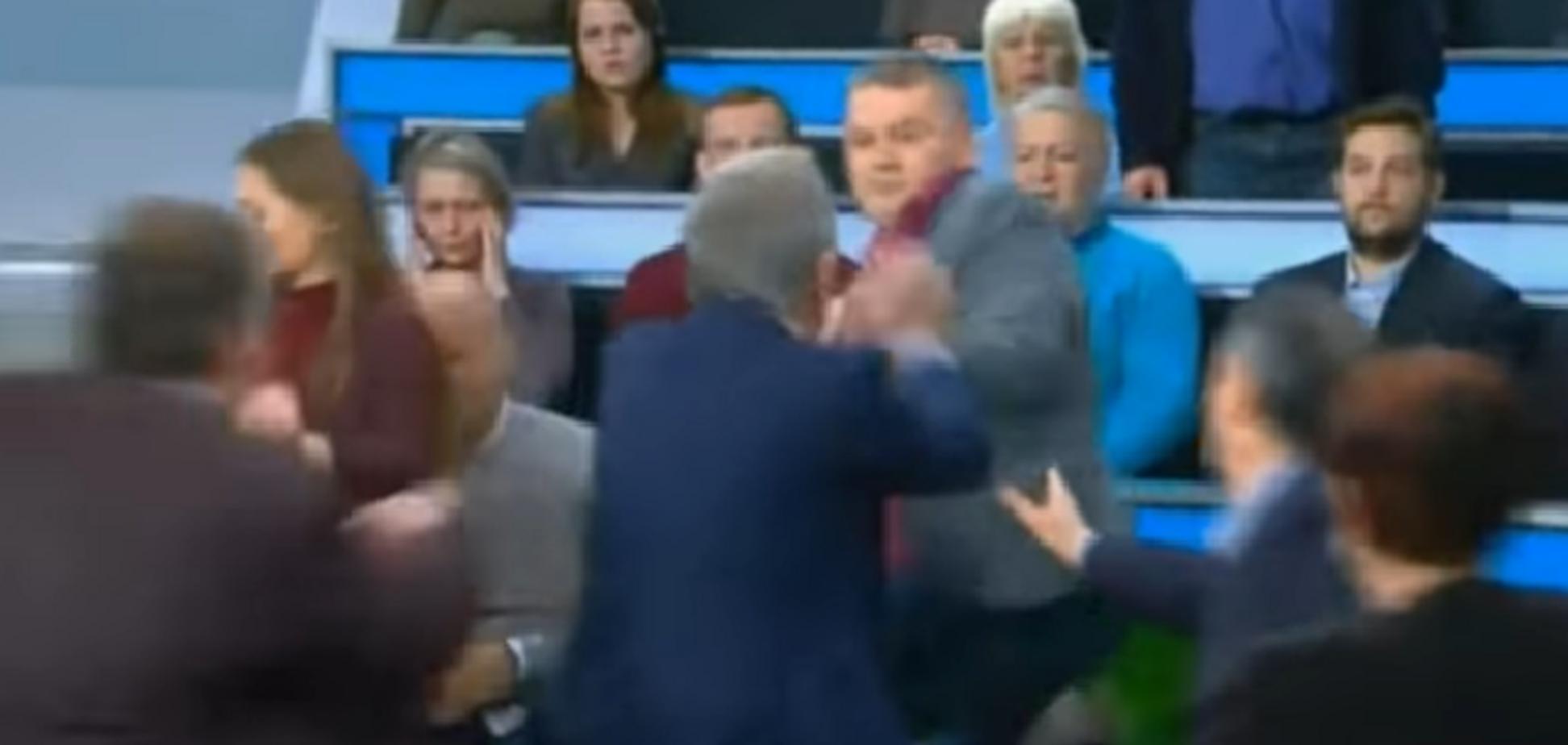 Накинулися натовпом: українець розкрив подробиці бійки на КремльТВ