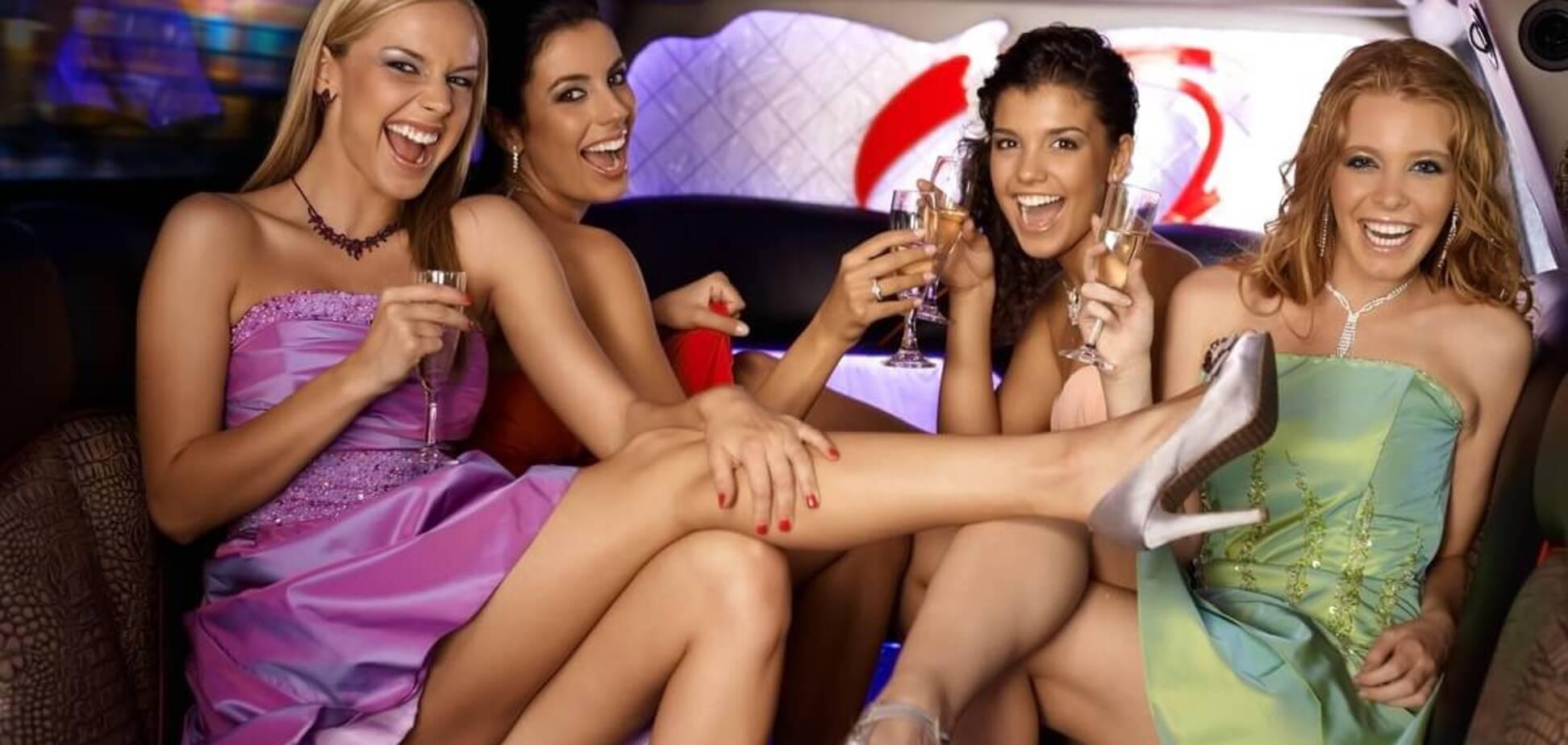 Почему олигархи любят 'девушек из эскорта': сексолог дал ответ