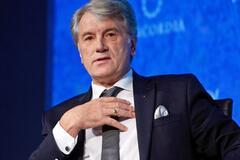 Ющенко провел знаковую встречу с Биллом Клинтоном