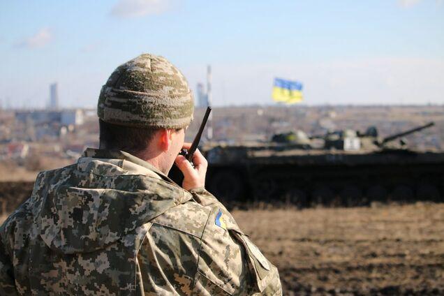 В зоне АТО на Донбассе с начала суток террористы трижды обстреливали  позиции украинской армии. В результате один боец АТО получил ранение, еще  один – боевую ... 2bd0955ec2f