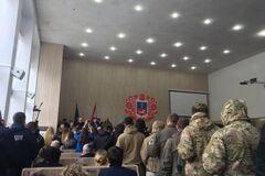 Подавлять в зародыше: Медведев призвал проучить 'Национальные дружины' грубой силой