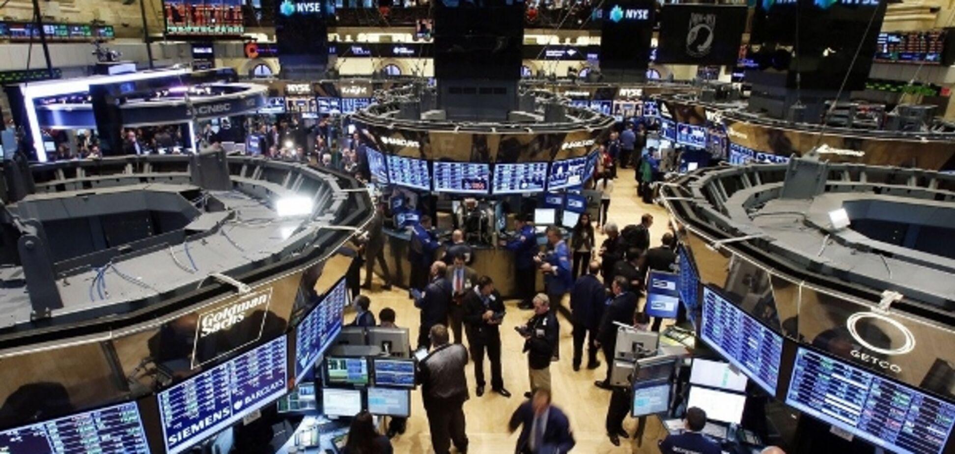 Найгірші показники з 2008 року: американський індекс Dow Jones рекордно впав
