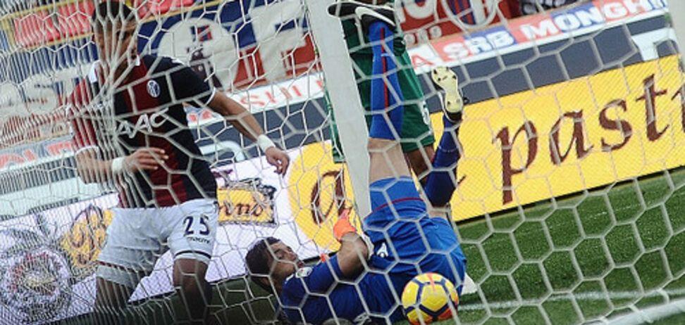 Фантастика! В матче чемпионата Италии футболисты дважды забили за три минуты ударом с углового: видео голов
