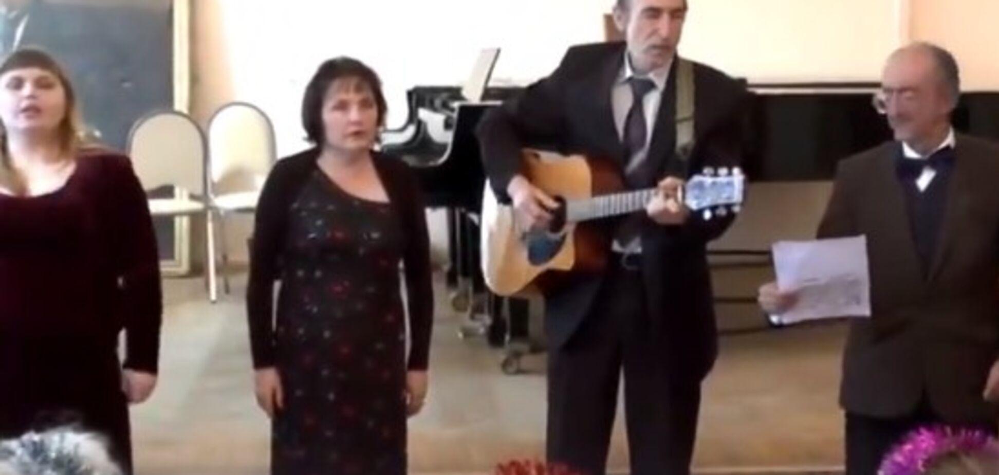 'Слушать стыдно': российские пенсионеры сочинили песню о Путине