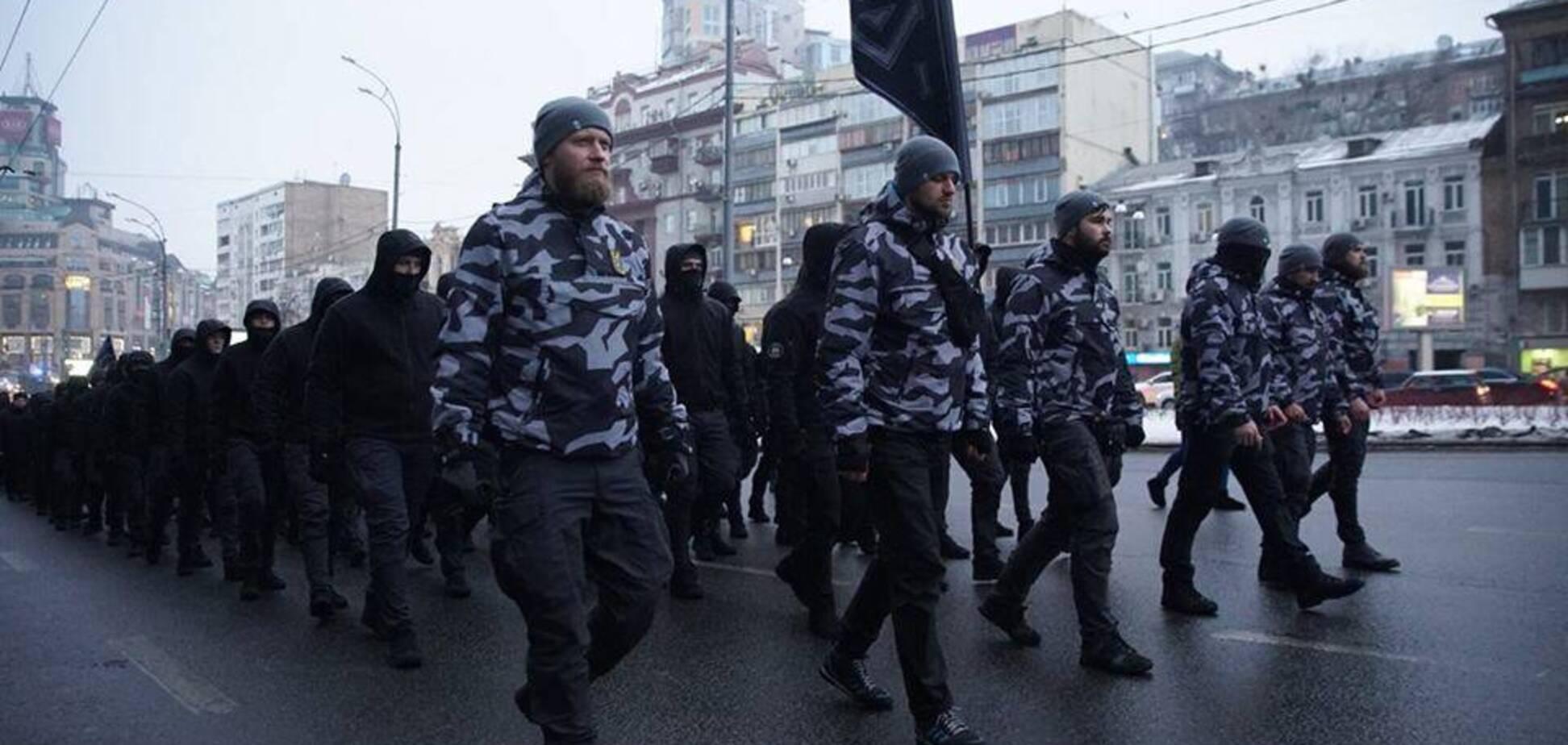 Билецкий пояснил, почему бойцы 'Нацдружин' скрывают лица балаклавами
