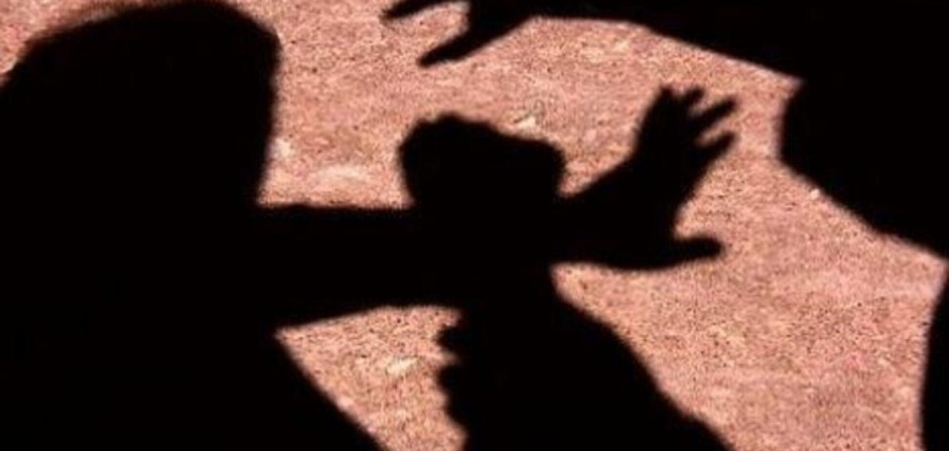 'Головою об асфальт': в Росії п'яні школярки жорстоко побили однокласницю