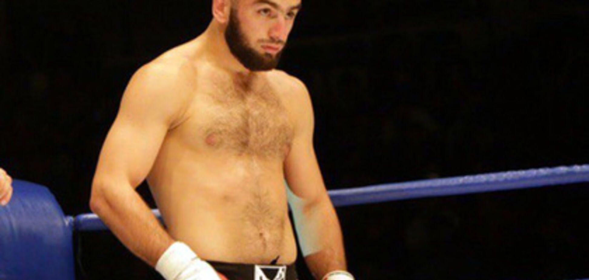 Відомих російських бійців MMA затримали за розбій та вимагання