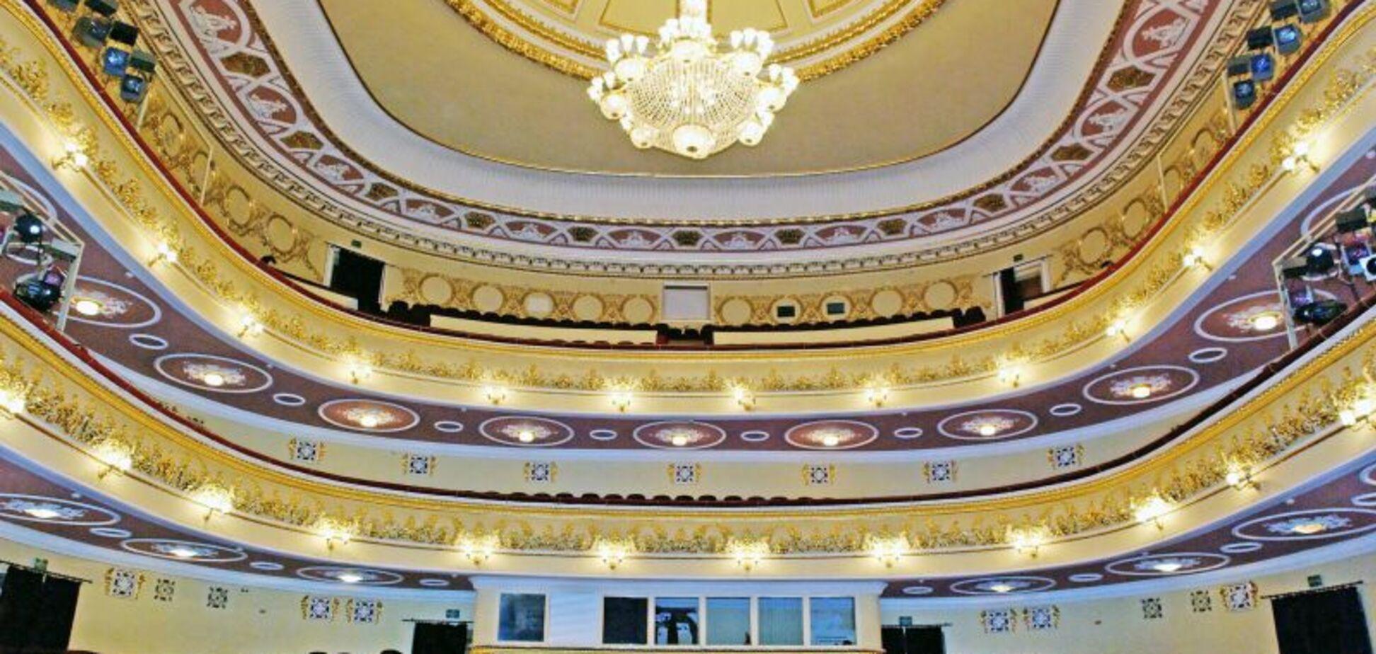 В Запорожье отремонтируют музей, театр и туалеты