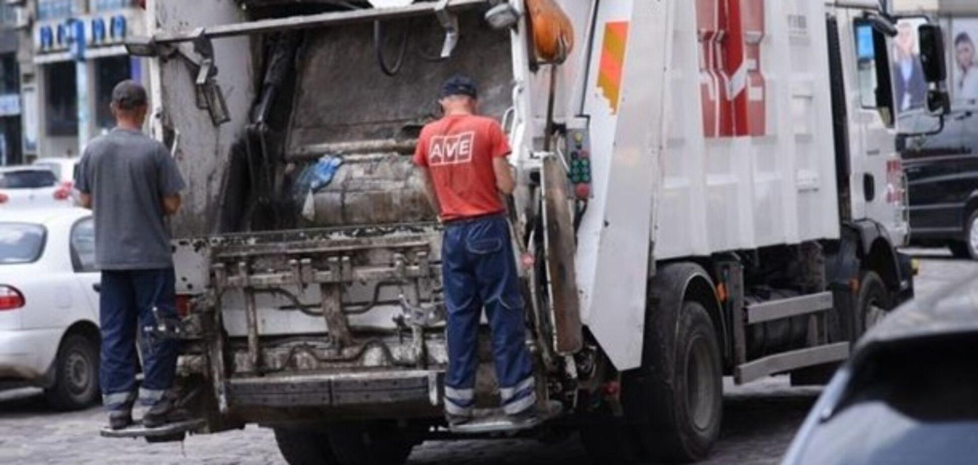 Стало известно, кто будет вывозить мусор во Львове