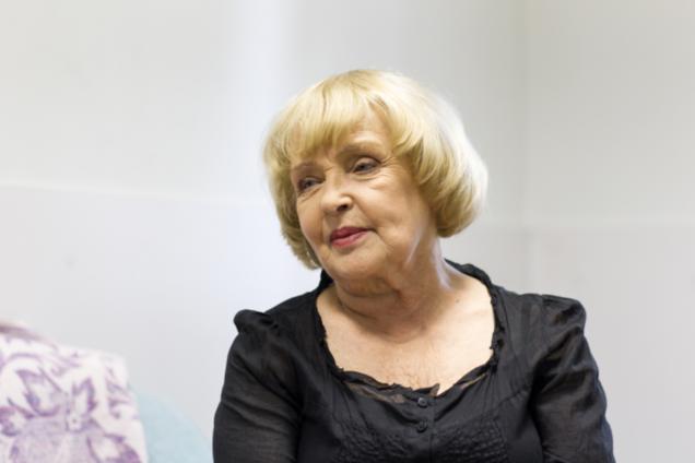 """""""Это нужно увидеть"""": Роговцева объяснила, почему ездит в зону АТО"""