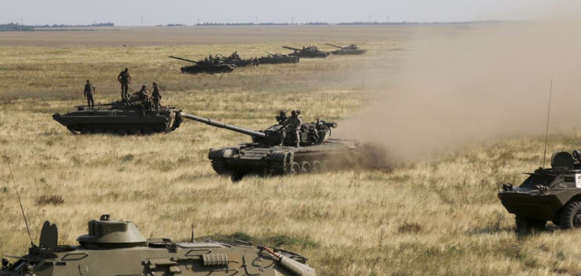 Термін до серпня: Фельгенгауер спрогнозував наступ Росії