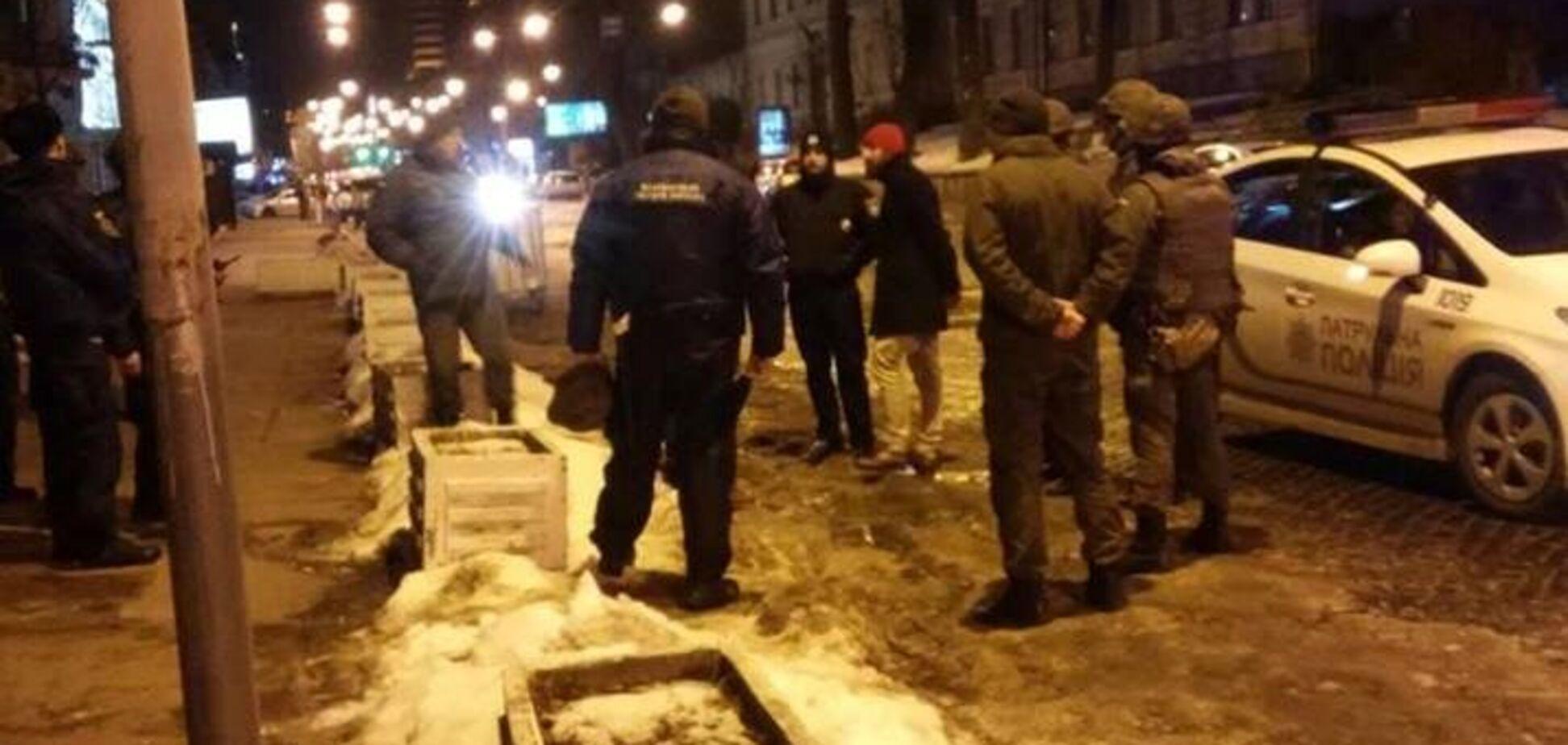 Потасовка у консульства Польши в Киеве