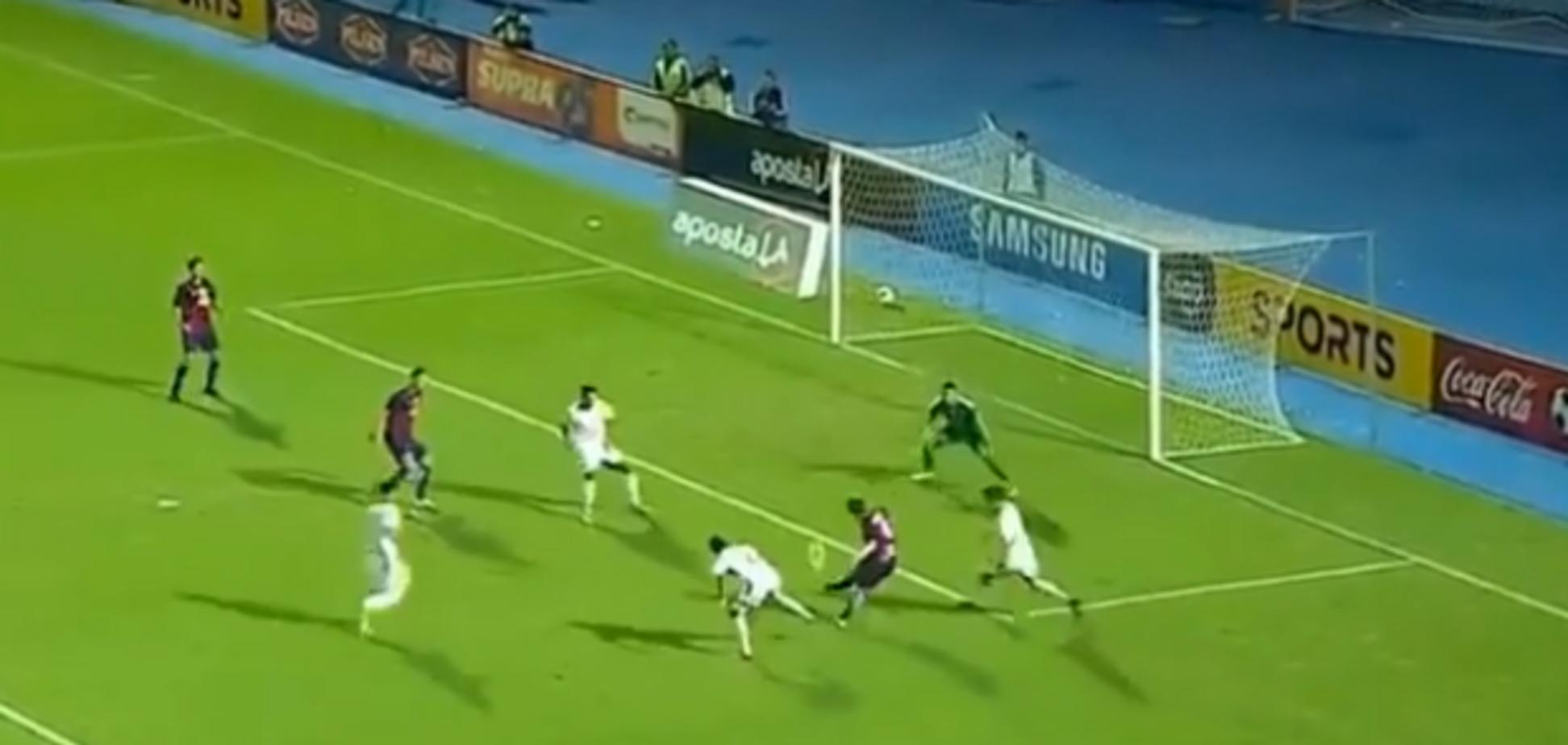Уругвайський футболіст 'магічним' фінтом обіграв захисника і забив гол-шедевр