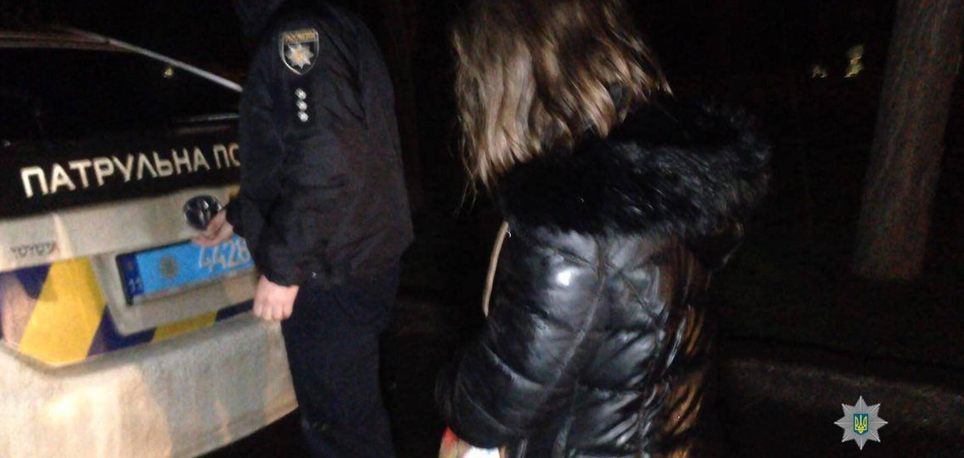 У Миколаєві горе-матір викинула малюка з моста в річку