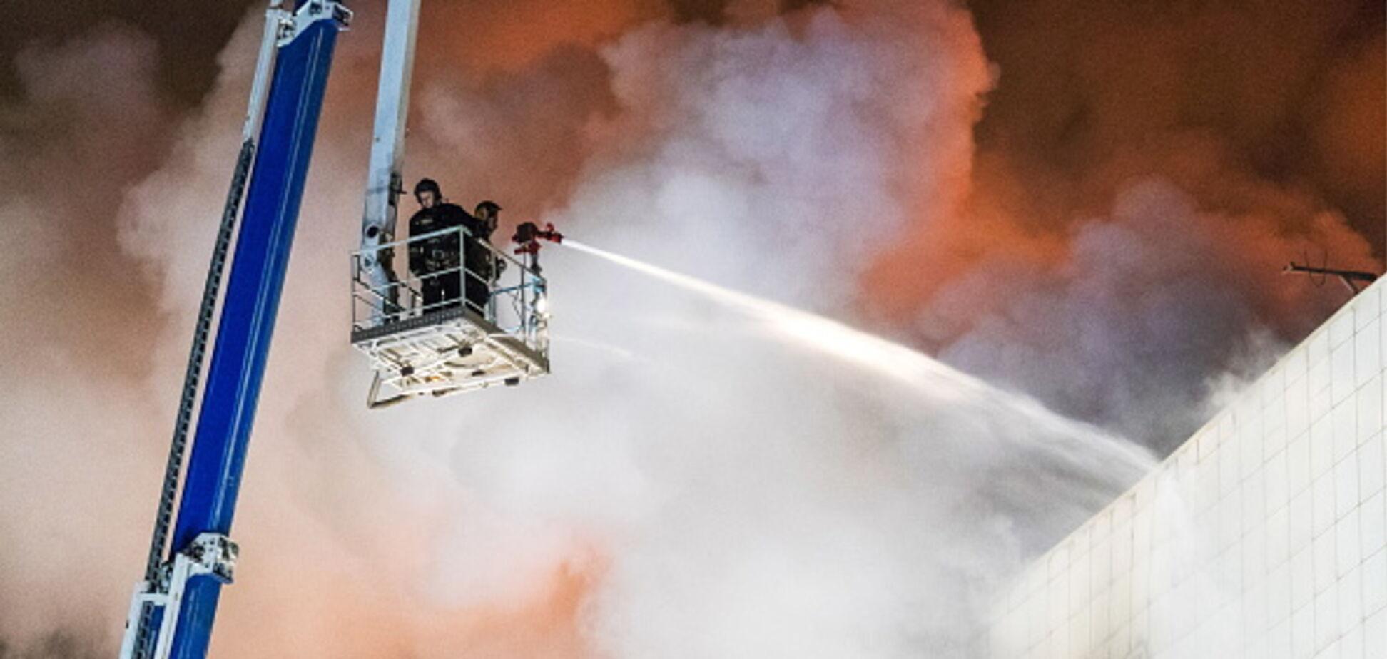 Спотыкались о детские трупы: спасатель раскрыл страшную правду о пожаре в Кемерово