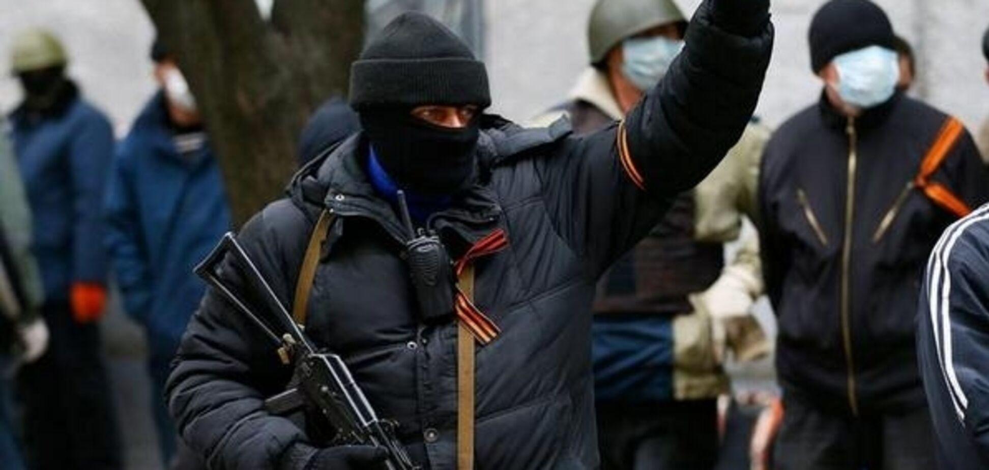 'Бросила младенца под гусеницу': стало известно о страшном поступке фанатки 'русского мира' на Донбассе