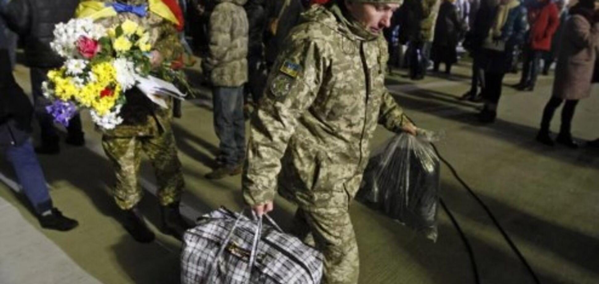 Без роботи і житла: екс-в'язні 'Л/ДНР' досі чекають допомоги від держави