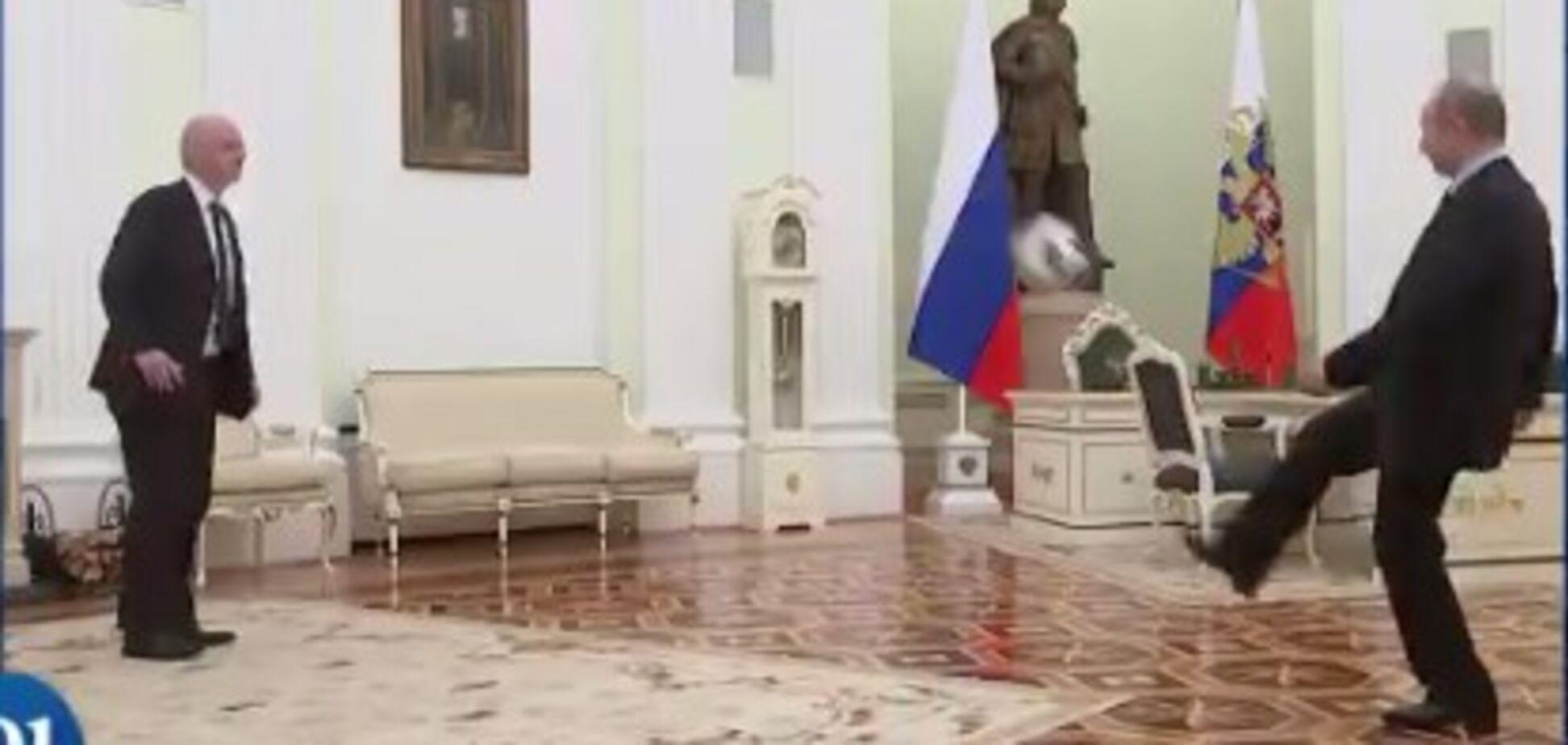 Путін зіграв у футбол у Кремлі: опубліковано відео