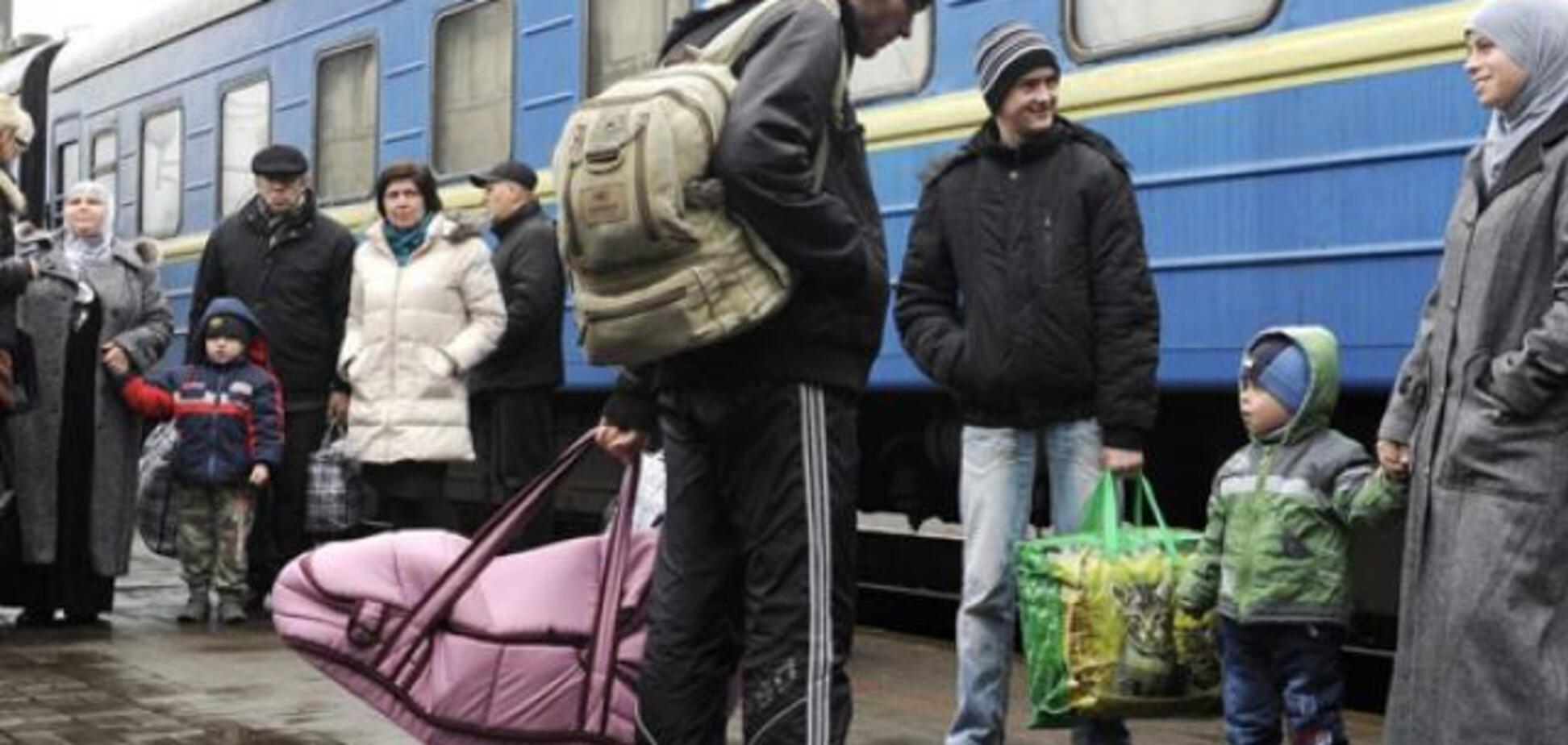 Почему украинцы уезжают за границу: названа главная причина трудовой миграции