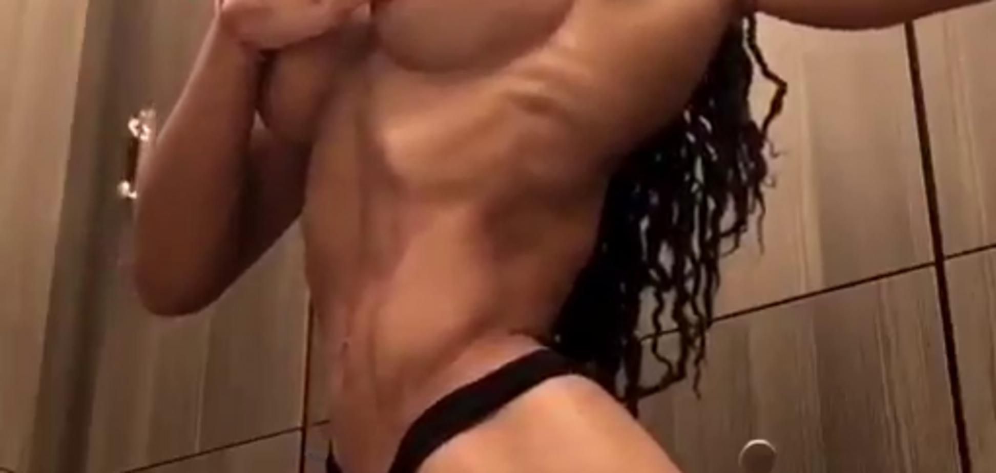 Горячее видео со знаменитой чемпионкой выложили в сеть