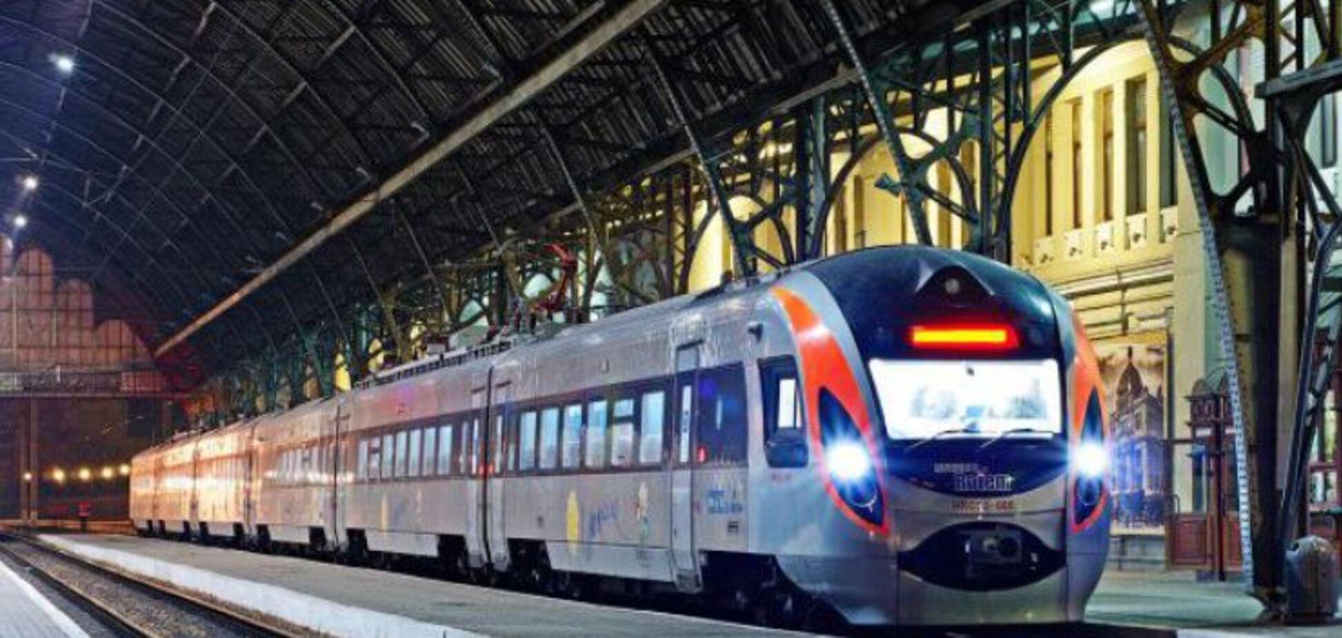 Из Киева будет ездить 'поезд четырех столиц'