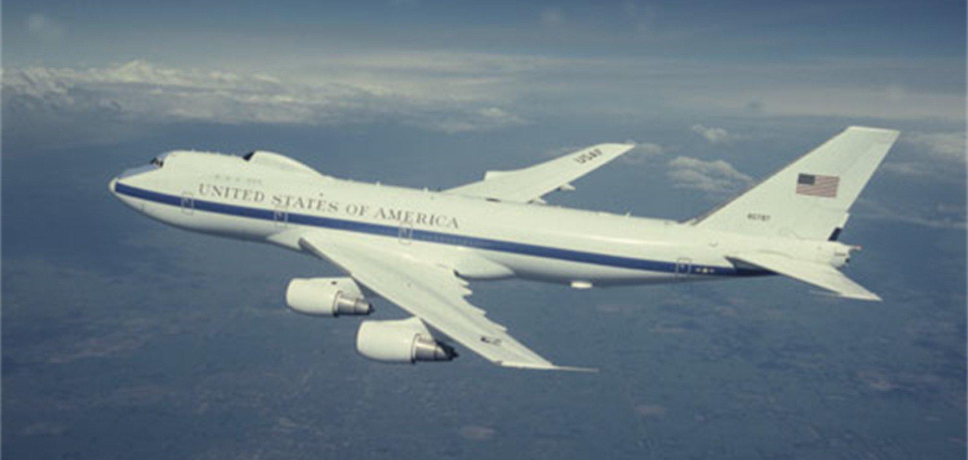 Час Ікс? США підняли в повітря 'літак судного дня'