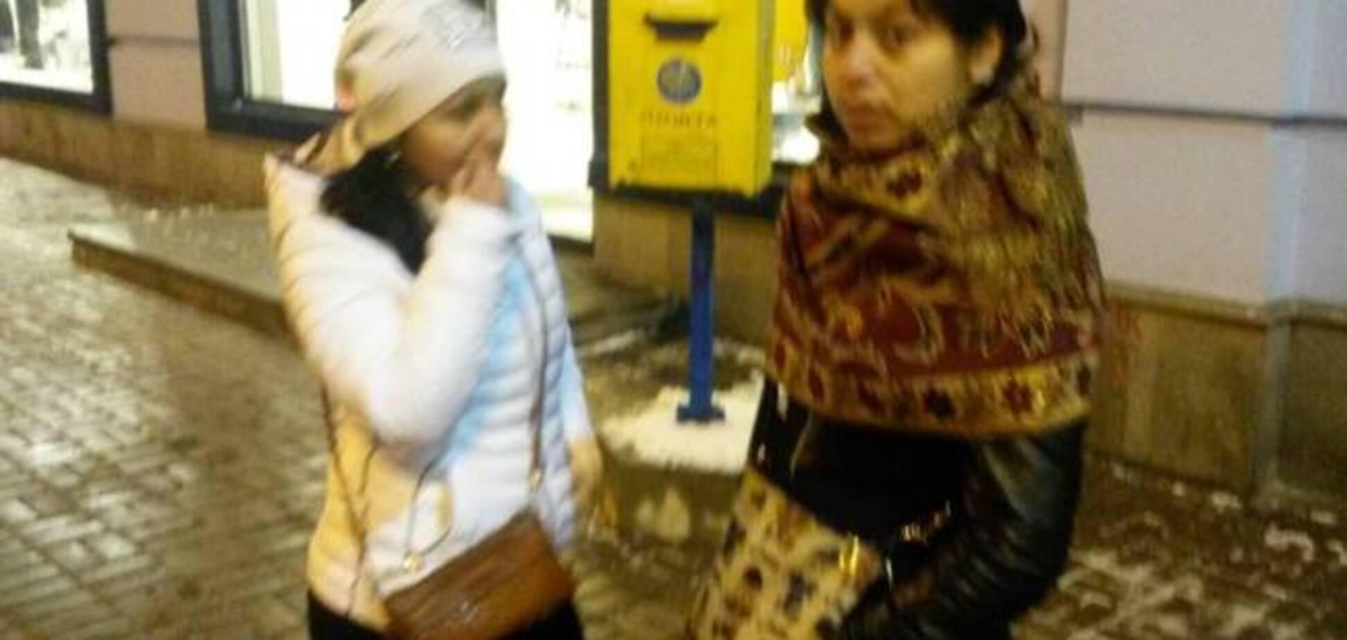 'Как вши на голове!' Киевлянку напугали ромы-грабители