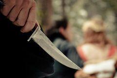 Тяжелые ранения: в Канаде неизвестные порезали прохожих ножами
