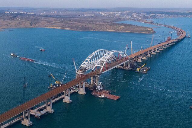 Оккупанты подарили РФ часть Тузлы под Крымский мост