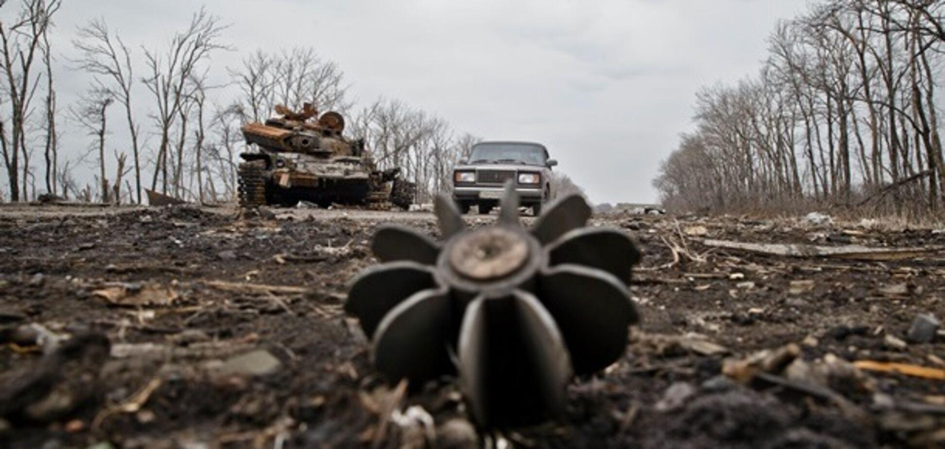 Гранатомети, снайпера і кулемети: 'Л/ДНР' атакували Україну на Донбасі