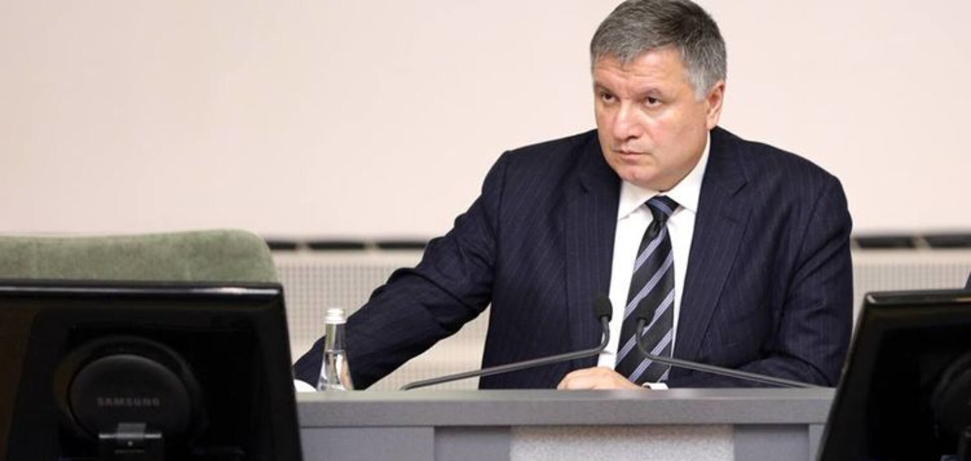 Не выйдет: украинцы не поверили в план Авакова по освобождению Донбасса