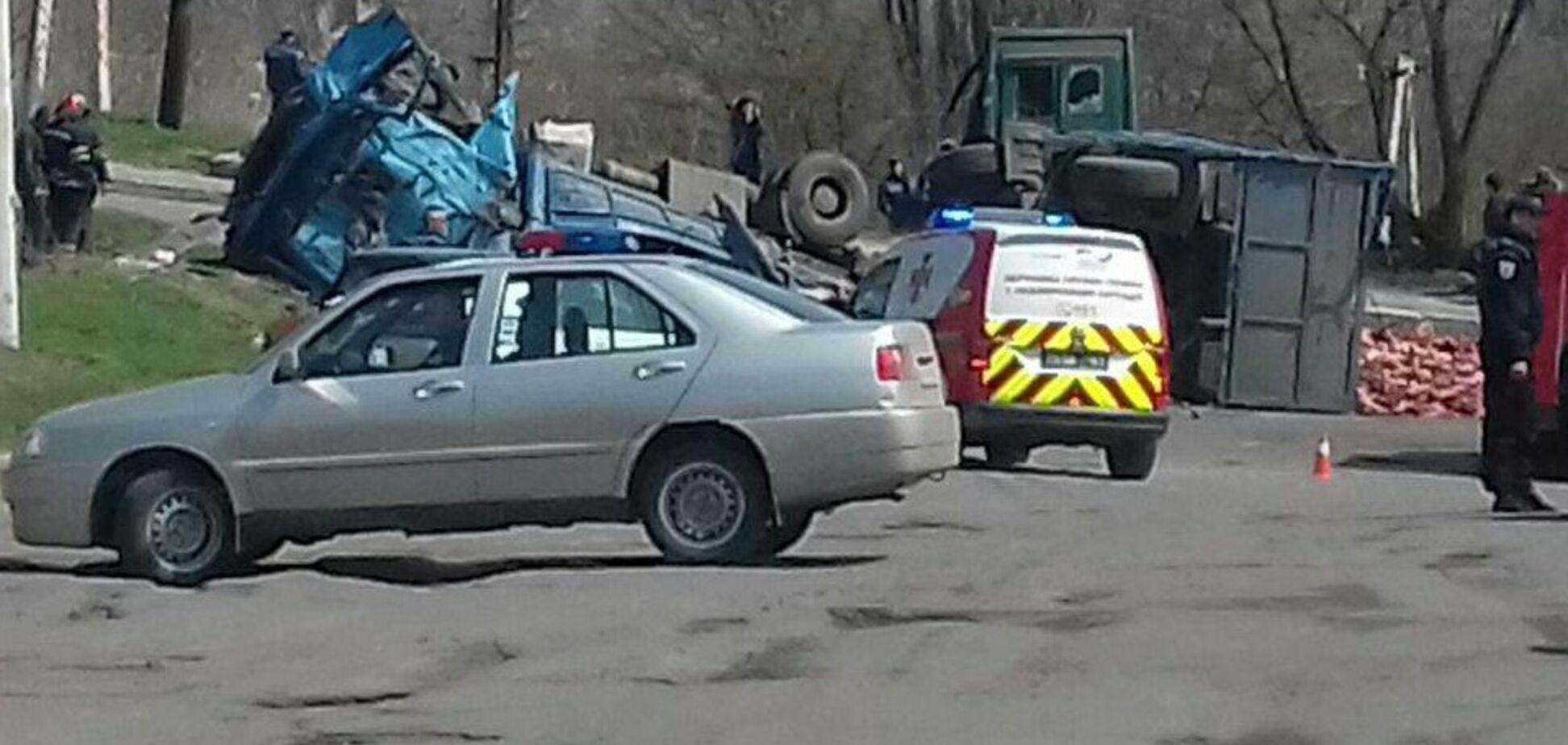 Посипалися кістки: на Луганщині в ДТП з маршруткою постраждало 10 осіб