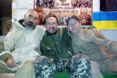 Неголений і з гранатою: з'явилися нові фото Пашиніна в зоні АТО
