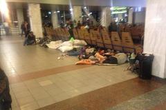 'Сморід і блохи': на київському вокзалі роми влаштували 'гадючник'