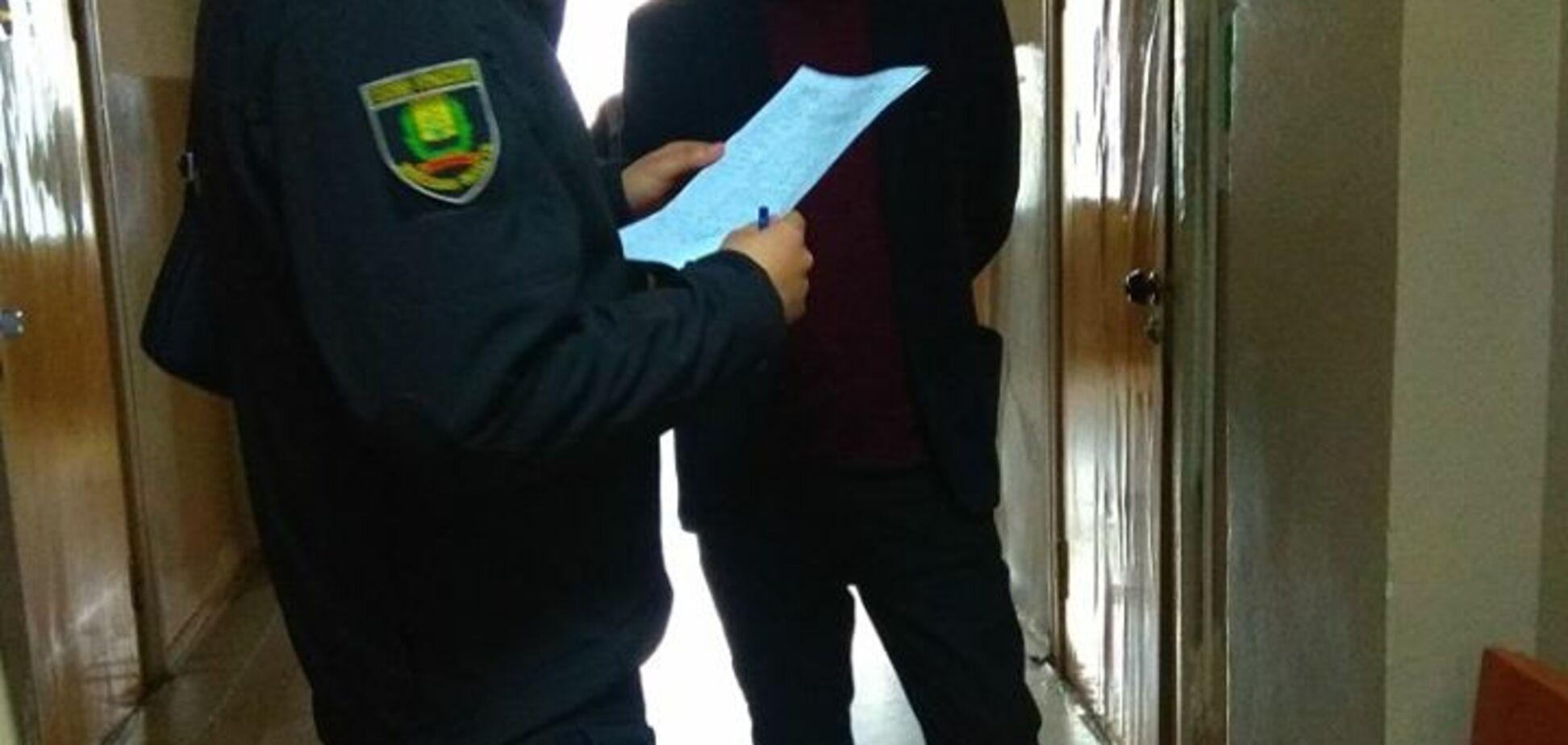 Держслужбовець-перевертень: у донецькій прокуратурі спіймали терориста 'ДНР'