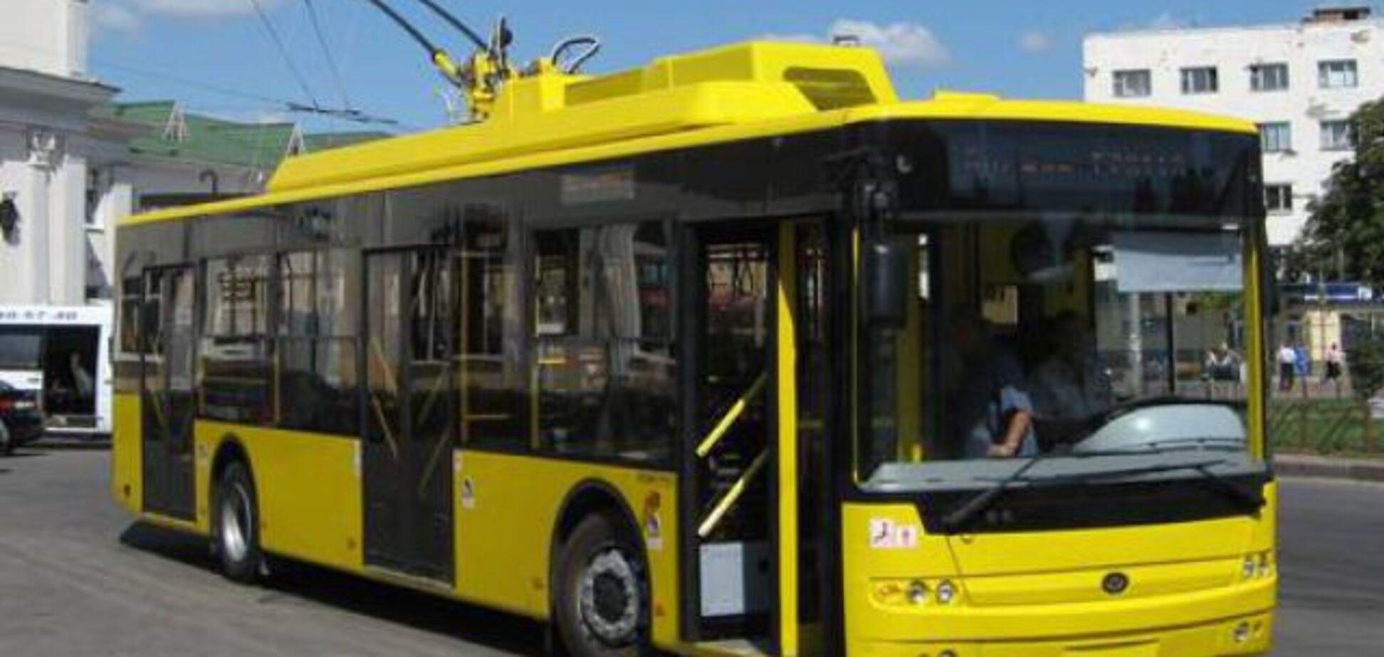 У 'зайцев' нет шансов: в Киеве запускают смарт-троллейбус