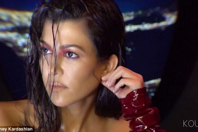 Кортни Кардашьян - 39: обнаженная фотосессия сексуальной красотки