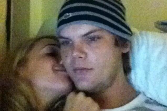 """""""Разбудите меня, когда все закончится"""": бывшая девушка Avicii отреагировала на смерть диджея"""