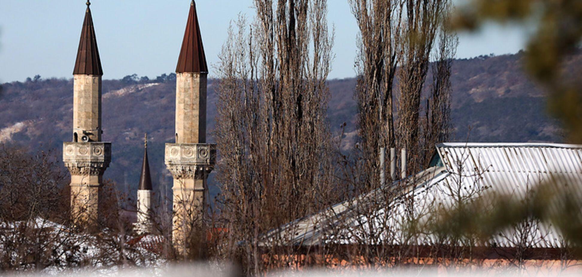 'Українці були г * внюками?!' Рупор Кремля спіймали на брехні про ханський палац у Криму