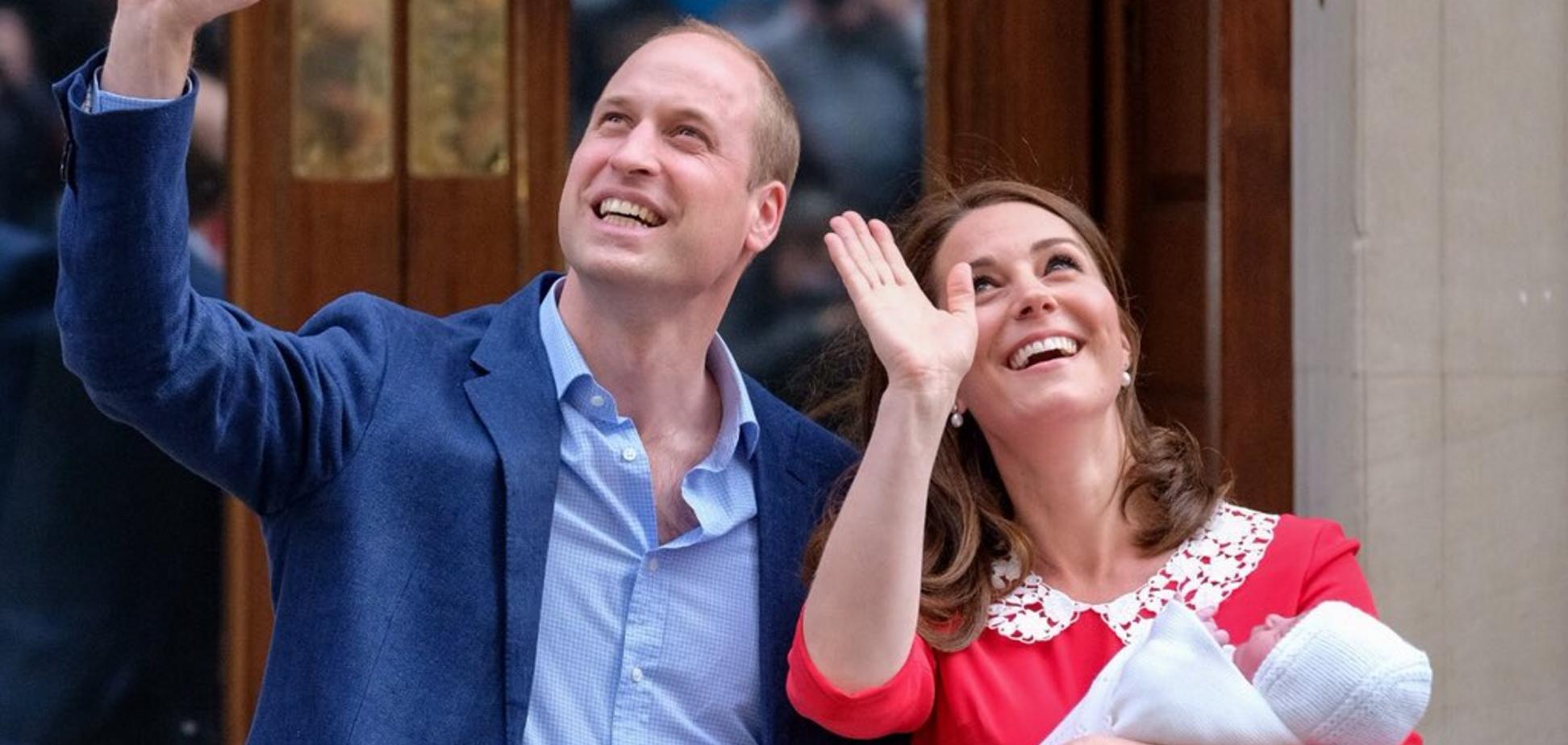 Кейт Міддлтон народила: з'явилися перші фото новонародженого принца