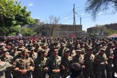 В Єревані військові перейшли на бік мітингувальників
