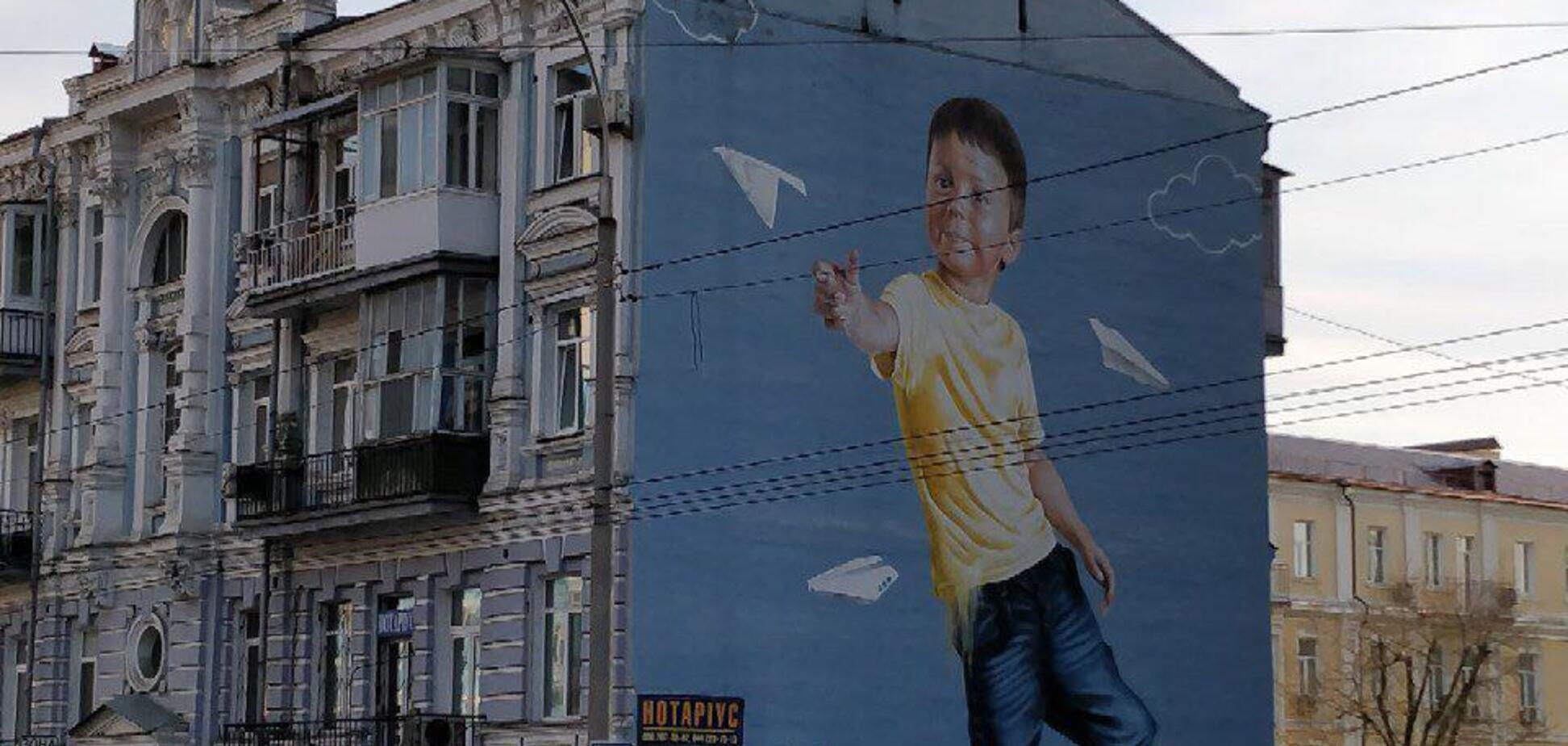 В Киеве знали о блокировке Telegram? Россияне нашли знак на известном мурале