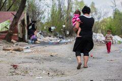 'Розвалять бульдозером': роми Києва заявили про погрози від людей у формі