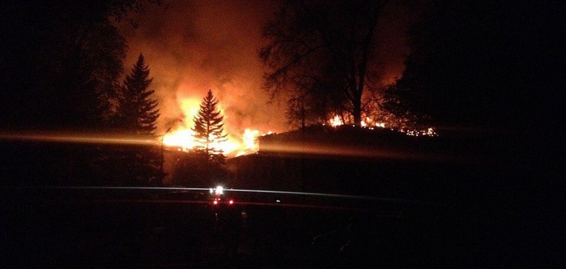 У Донецьку спалахнула пожежа на шахті: опубліковано фото та відео